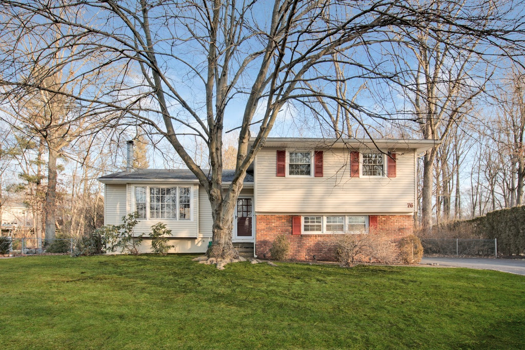 76 Brookside Drive New Providence