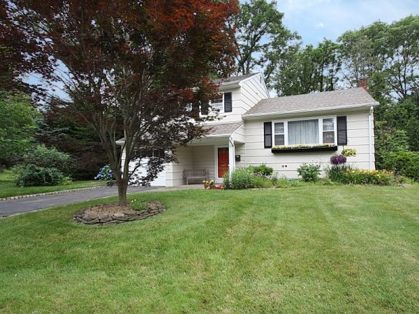55 Montrose Avenue, Summit NJ