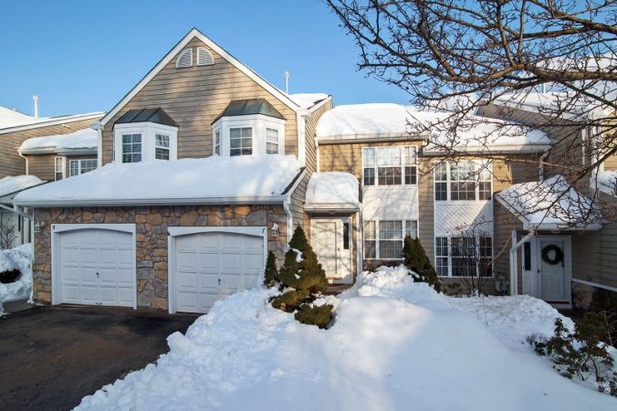 7 Stonehedge Road, Millington, Long Hill Township