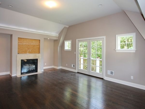 Master Suite - Gas Fireplace